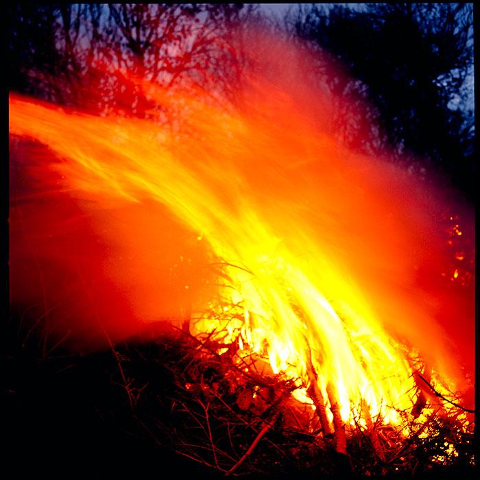 bonfire05